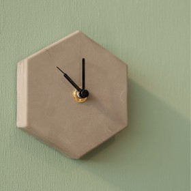 Valence Mono Clock Concrete Grey